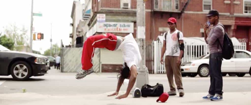 2012 USA Bboy Tata & his Bros - Acrobatics Street Gymnast03