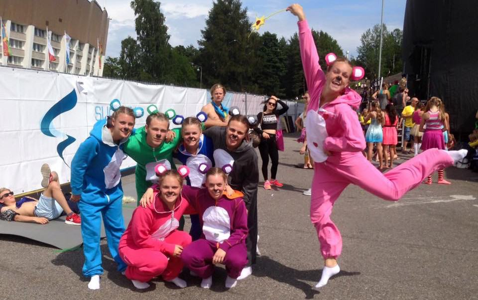 02 The Bears - Sweden - Kämpinge GF - Toy Store - World Gymnaestrada Helsinki 2015