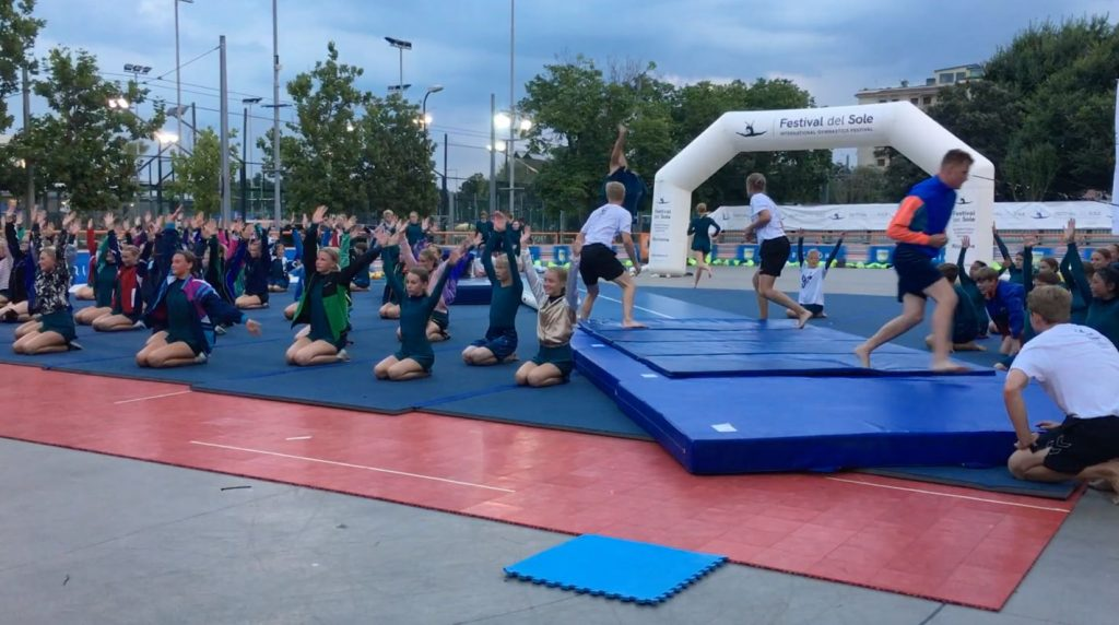Videos of Holstebroegnens junior team and mix of mini rep, rep, after rep teams they  visited Festival del Sole, Italy, Street Gymnastics